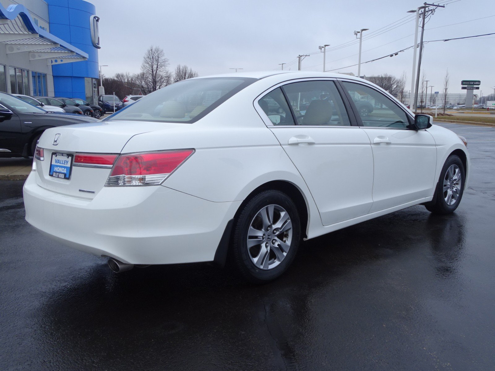 Pre-Owned 2011 Honda Accord SE Sedan
