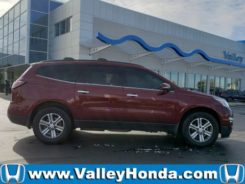 Pre-Owned 2016 Chevrolet Traverse LT 2WD